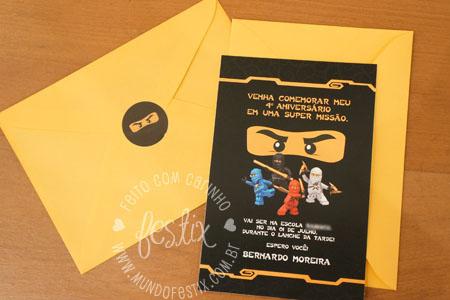 Convite, envelope e adesivo