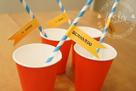 Kit canudinho (canudo de papel e bandeirinha)